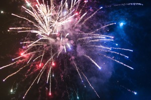 fireworks-865104_1920